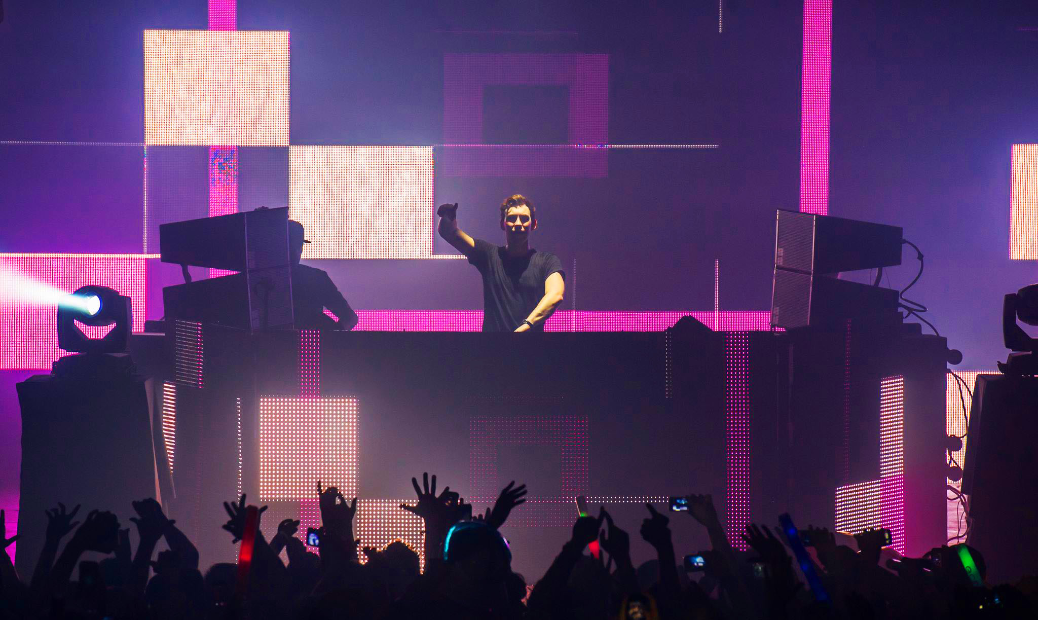 Ghosteam Hardwell Cubes In Motion